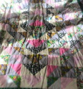 стеганые одеяла, покрывала, подушечки