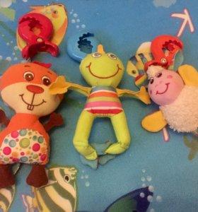 Игрушки tiny love бобер, лягушка, овечка и бегемот