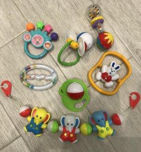 Пакет погремушек для малышей