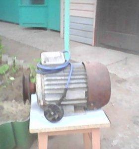 3x фазн. электродвигатель