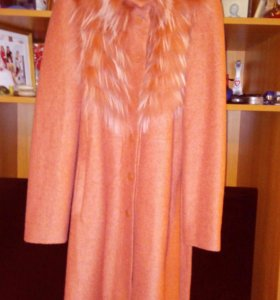 Пальто осеннее 44 размера