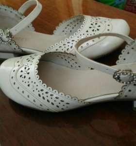 Туфли для девочки, р.34