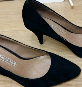 Замшевые туфли р.36