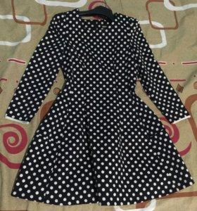 Платье новое DKNY