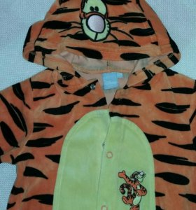 Новогодний костюм-пижамка в виде тигра
