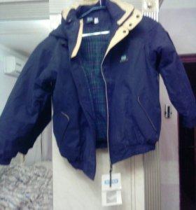 Новая куртка рост 128-138