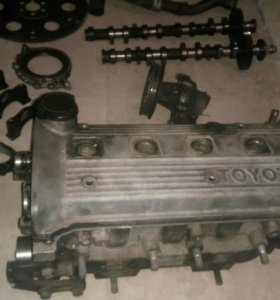Двигатель 4 е в разборе,Есть всё что на фото