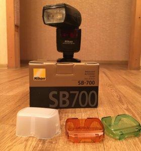 Nikon Speedlight SB-700 вспышка