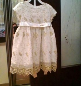Платье нарядное.р-98.