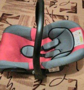 Детское удерживающее устройства 0-13 кг
