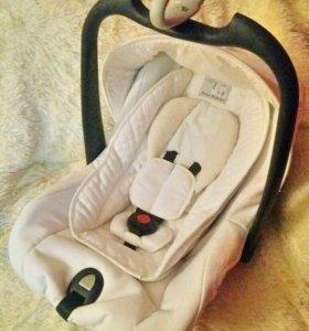 Автолюлька Roan Babies Millo (0-13 кг)