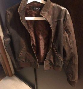 Продаю кожаную куртку Please