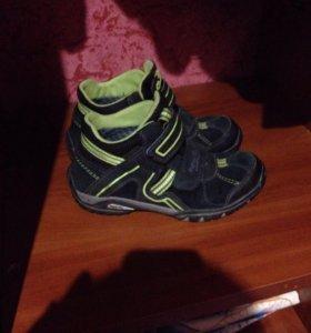 Ботинки superfit и Ecco