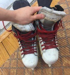 Хоккейные коньки ( Bauer One.6 )
