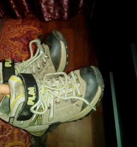 Ботинки осенние на мальчика размер 30