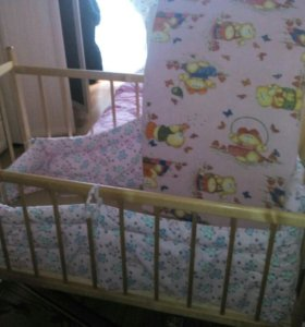 Детская кроватка+ матрас.