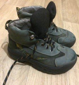 Детские ботинки размер 27
