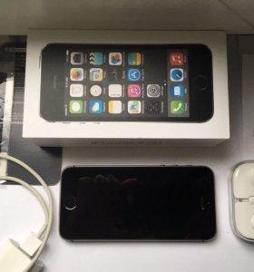 iPhone 5s 16Gb Черный в идеале