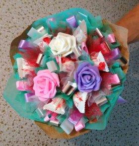Букет с конфетами рафаэлло