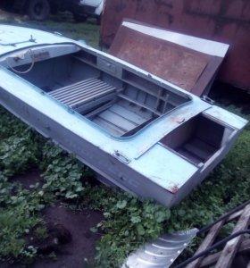Алюминевая моторная лодка