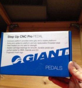 Педали GIANT Step Up CNC Pro
