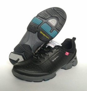 Мужские кроссовки 👟 новые