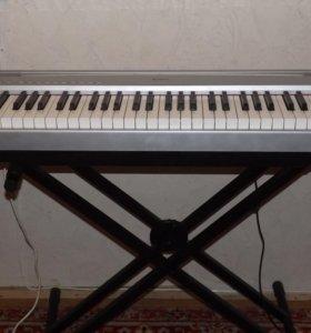 Электронное пианино Yamaha P-95