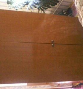 шкаф с антресолью,тумбочка под телевизор