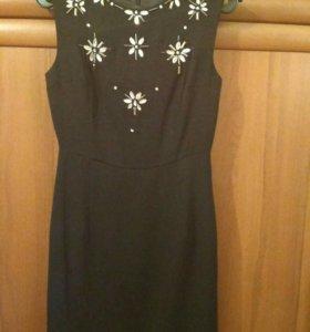 Маленькое стильное черное платье ZOLLA 44