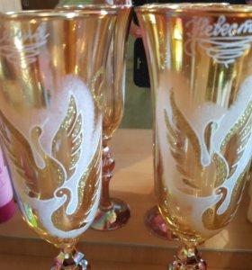 Бокалы свадебные пара лебедей золотые