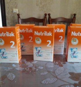 Продам молочную смесь Nutrilak 2