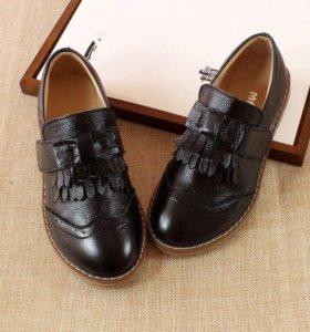 Новые туфли для девочки 32 размер