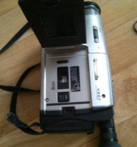 Видеокамера кассетная panasonik vx 27