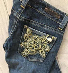 26 размер. Новые женские джинсы