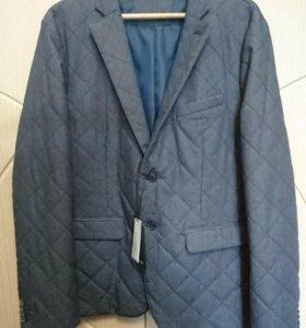 Новый стеганный мужской пиджак 52 размер