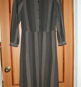 Платье серое тонкое р.48