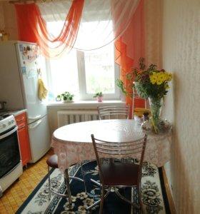 Квартира, 3 комнаты, 65.8 м²