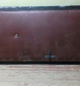 Металическая дверь (отличное состояние