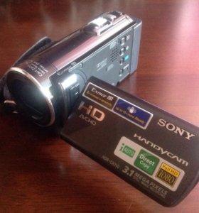 Видеокамера Sony HDR-CX110