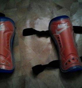 Щитки футбольные Nike (детские)