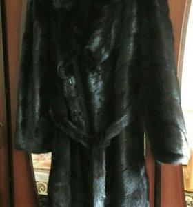 Норковая шуба цвет: black lama