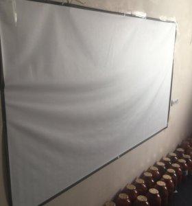 Экран под проектор