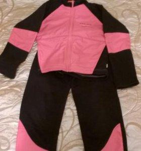 Утепленный спортивный костюм для девочек