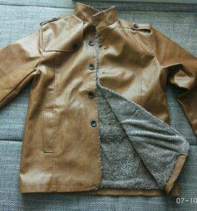 Кожаная куртка-педжак