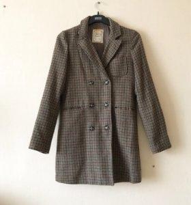 Удлиненный тёплый пиджак пальто 44