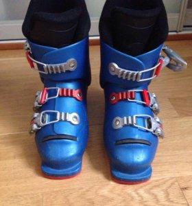 Горнолыжные детские  ботинки Lange