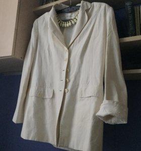 Женский белый пиджак, жакет