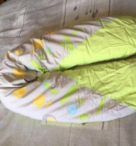 Подушка для кормления Traumeland Dotterblume