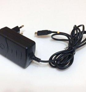 Зарядное устройство Motorola FMP5202A Micro-USB