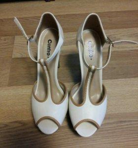 Новые туфли-босоножки 38 размера